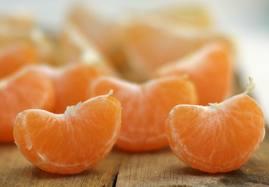 Пищевые волокна в кожице цитрусовых очищают кишечник и помогают сбросить лишний вес